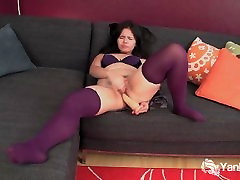 Stockinged chubby amateur Hermine masturbating her porn exhib heel muff with a toy
