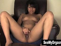 Mocha Kimberly Masturbating
