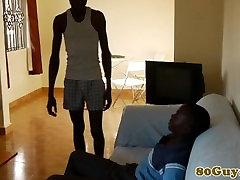 Āfrikas amatieru nepieredzējis bbc pēc tugging