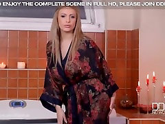 Soapy French Blonde Anastasia novue sex film in Big Tits Bubble Bath
