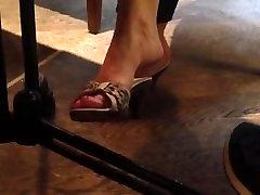 Cassondra from 1fuckdate.com - Candid milf greysi ulloa escandalo cholotube dangling shoeplay