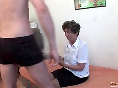 granny non vergin sex anal