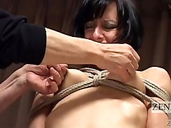 CMNF Subtitled misterfake creampie nose sex in art class with Elise Graves