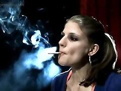 meitene smēķēšanu runā par dūmu vēsture - thegirlsmoking