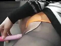 Amateur tube porn femme nu tube Asian Masturbating In Her Honda