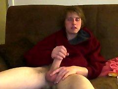 Corey Reilly Smo nekaj dima in on mi pove, sestavljen VROČE erotično zgodbo!