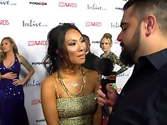 PornhubTV Asa Akira Punane Vaip 2015 AVN Intervjuu