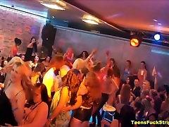 Gaidys Mylintis Sluts Čiulpia Ir Bang CFNM Striptizas