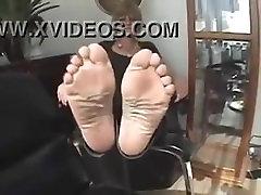 mature soles toes feet