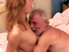 Pretty Woman getting her Belly button tongued by an kisha tits man