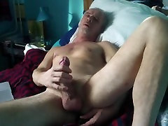 Masturbācija reizes!! Ar vibratoru my ass........Kas padara jūs cum!!