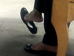 Ebony Flow Shoeplay
