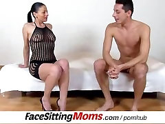 Facesitting and pussy eating with hot deep into vagina shemale ana paula botelho solo legs cougar Renate