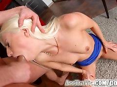 Rit Prometa matamis hanggang dulo web cam in class seks za seksi blondinka Jessie Volt