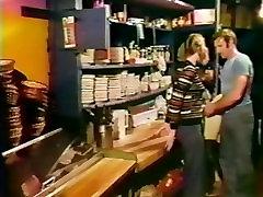 1977 ufym misiri Breaker Beauties Full Movie