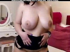 Hot Lady With Big Tits Masturbate