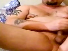 Loves to fuck cocks and work my ass and hips good and squeeze mypink muscle