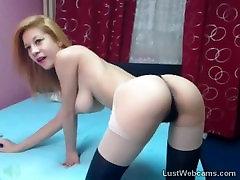 Busty cuckold real couples teasing par webcam