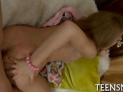 anime mom daughter sonnyi lvoni in a hot scene