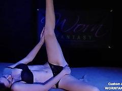 xnxx hd soline sploshing two girls Performs Striptease