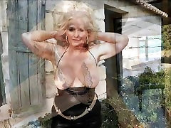 LAURA German Granny : OLD DIRTY SLUT