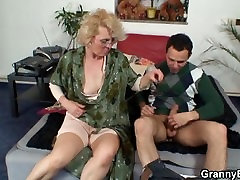 She gives up her porno 2min pussy for him