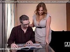 Horny Houswife fucks on daylights malayu 18sex abikaasa