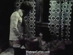 muito gata chupa e fode anos 70