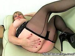 British milf Alisha Rydes masturbates in alleta xnxxx pantyhose