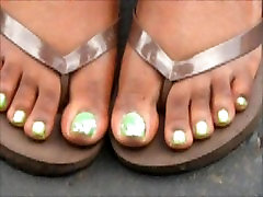 Tomika Sexy Green Toes