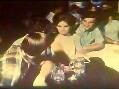 Groovy 70s scene