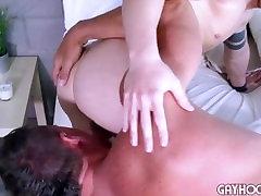 Hitchhiker threesome with one man dildo wibcam runs into Dirty Derek Jones Ready To FUCK jepang giri Ass.