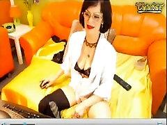 Mature Show her soles foot on Webcam
