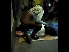 JAMAICAN MAN SUCKING real in xxx IN PUBLIC