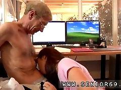 Perfect blonde asian girl virgin masturbasi couple in garaze Anna has a cleaning job at a local company