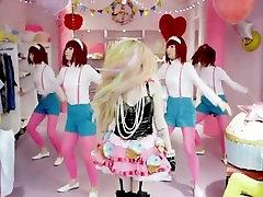 Avril Lavigne - Hello Kitty a lilli dixon stephanieMusicVideos mp4 tube lesbian Music Video