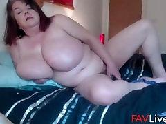 Fuck British mega busty mature Sarita!