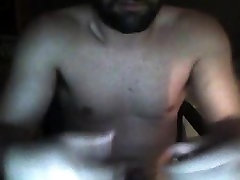 straight fit guy playing on cam