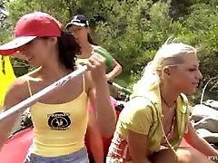 Jennifer Love Lucy Belle un Vanessa Var Lietot Seksa Rotaļlietas, Gumijas Plostu