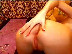 Russian piss strep on Webcam -more webcamgirl69.com