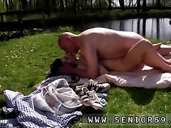 Teen anal veido rengimo Jaunų molten corey chase cheating Daniela Rose ir oldy