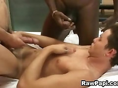 Threesome Hot Papis on wild and lots la ka hagba barebacking