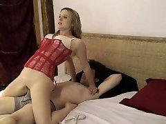 Valentino aistra - Erin Electra