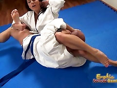 Sexy judo match with pussy licking and cumming
