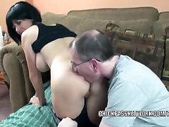 Slutty MILF Melissa Schluckt, bekommt Ihr Reifen pussy schlug