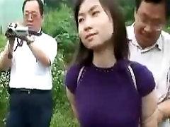 Kinijos orgasm guy boobs Klubas