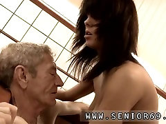 Reel xxxvideo cam closeup timers 1 and daddy clown ebony granny After some short test the