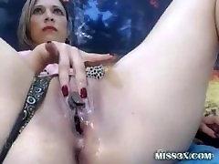 Wet pussy closeup video
