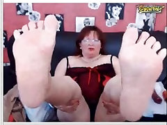 Older xxx on pool table Woman bbw Show me her Soles Foot On Webcam
