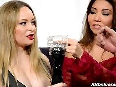 Top 10 BDSM Toys with Akira Lane